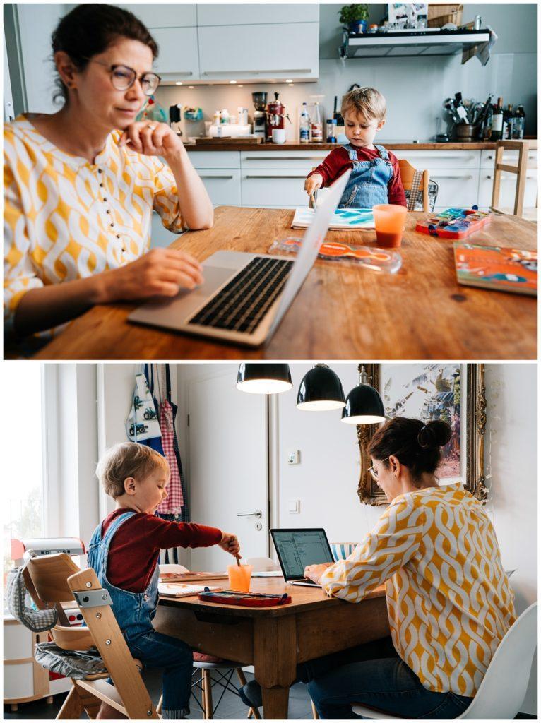 Mutter und Kind in der Küche im Homeoffice Corona 2021