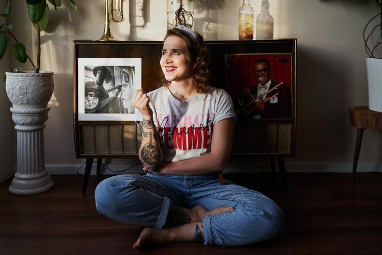 Synchron Sprecherin und Sängerin Annalena Doos